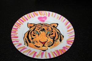 kinderfeest servies beschilderen op rond bordje