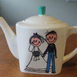 Handgeschlderde theepot voor huwelijk