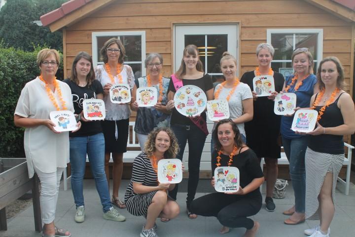 Vrijgezellenfeest met workshop servies beschilderen