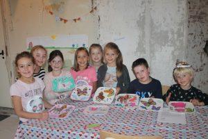 Creatieve workshop servies beschilderen
